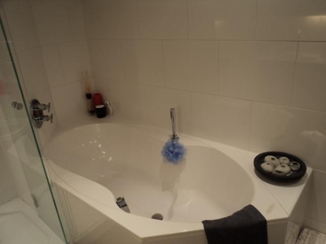 Wat te doen bij waterschade in de badkamer?